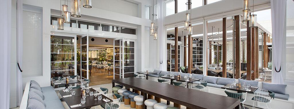 Garden Kitchen & Bar Conservatory