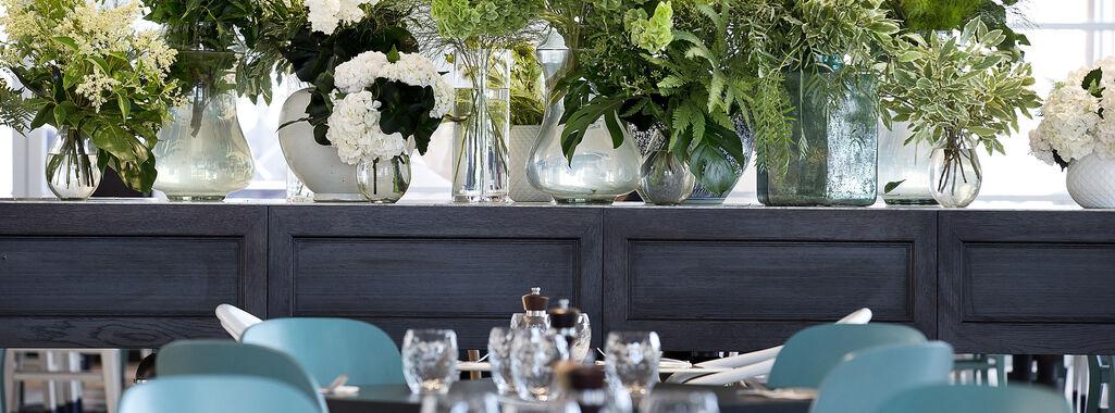 Garden Kitchen & Bar Modern Dining Broadbeach 4218