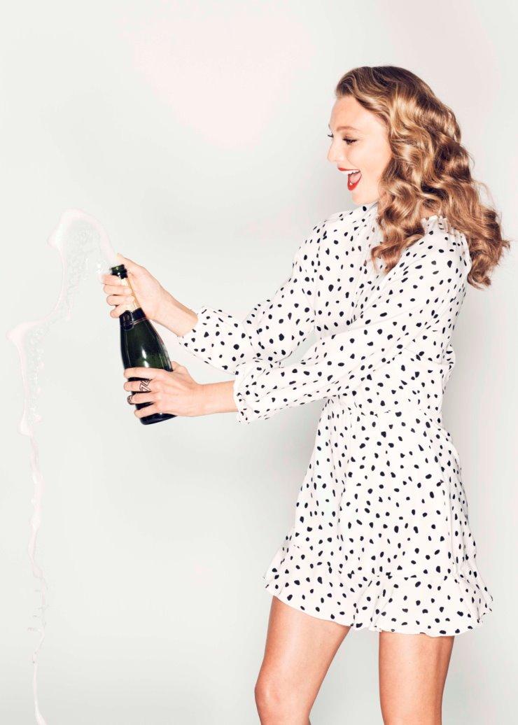 champagne weekends 740x1036.jpg