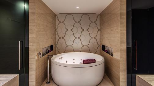 Jewel Spa Suite