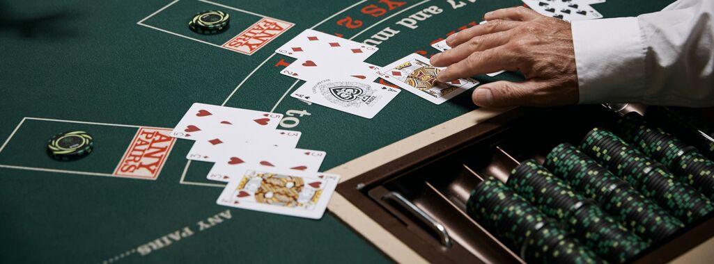 card poker strategy dream-14